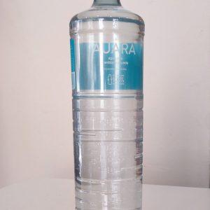 Agua en botella reciclada 1,5 litros